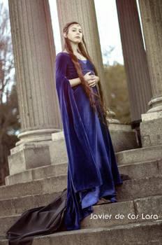 Noldorin Elf in Rivendell professional shoot - III