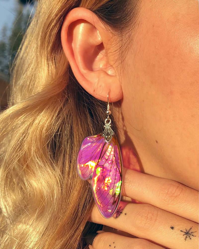 Fairy Wing Earrings - Tulip Bulb