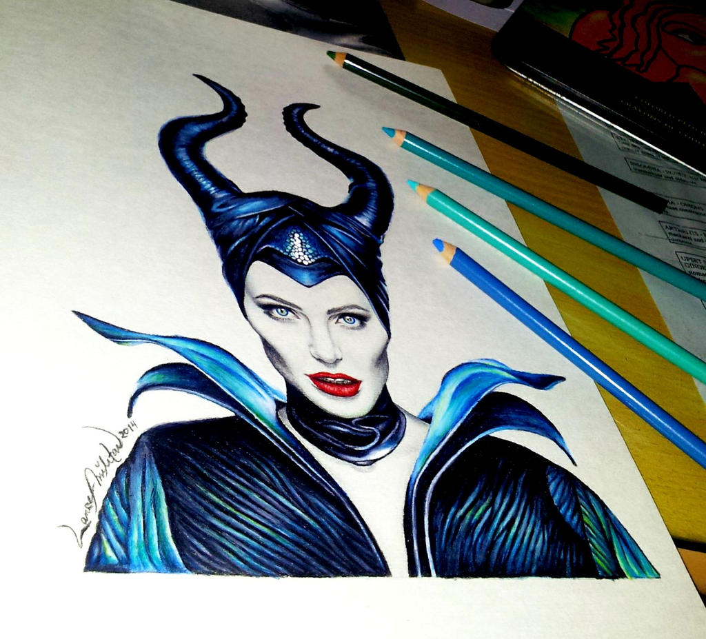Maleficent - Angelina Jolie by lancelotmilitar