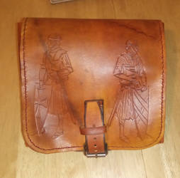 comission - leather pouch - 06