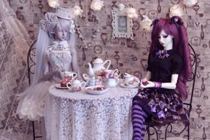 Sweet tea time by Sarqq