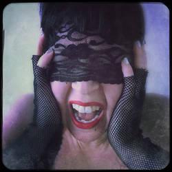 Love Scream by moxiegraphix