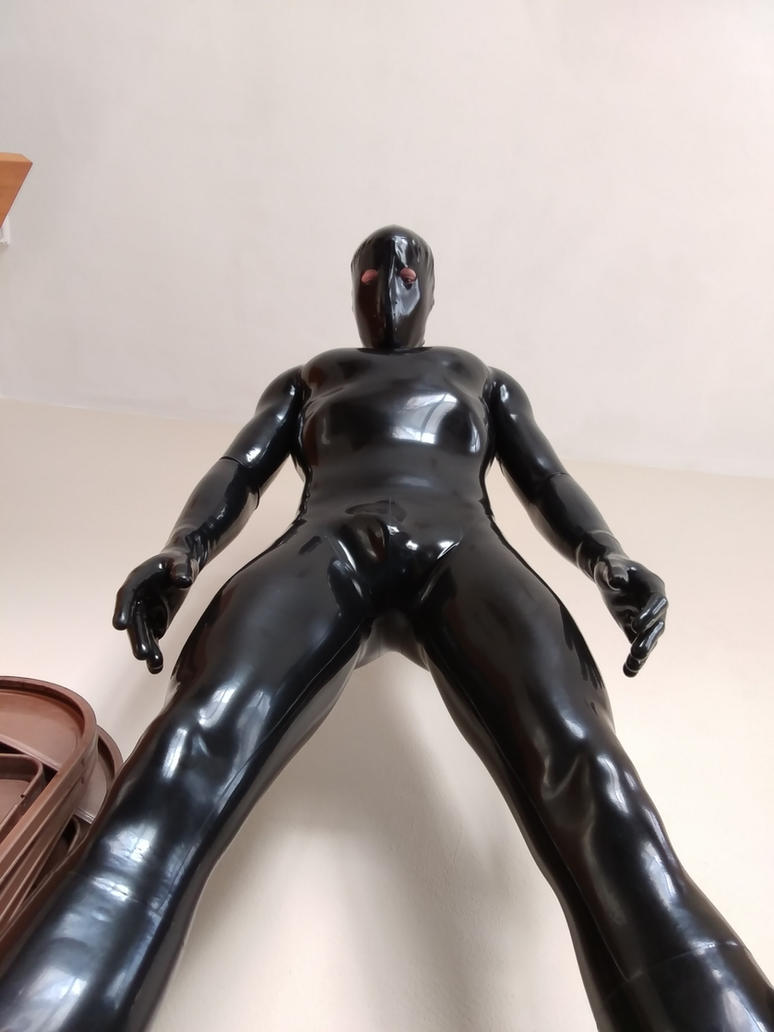 ShinyPorn - My latex suit