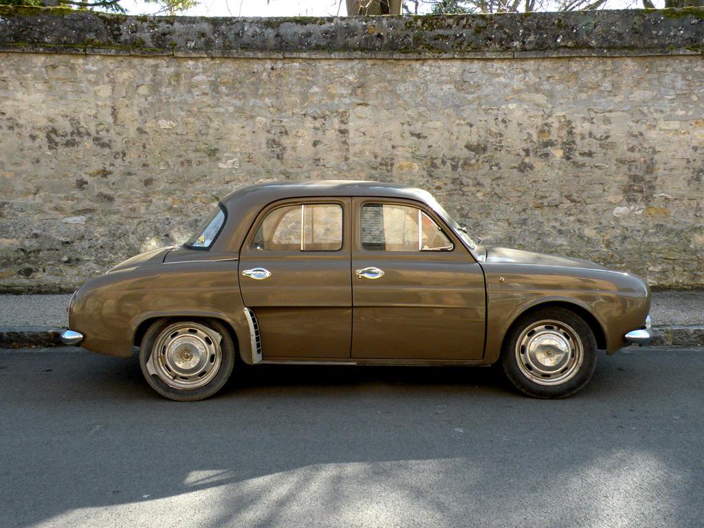 old renault 2 by FranckL