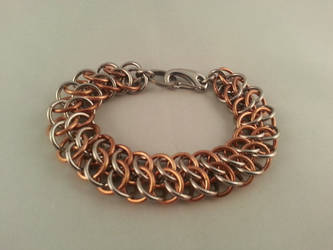 GSG chainmaille bracelet by Vkarmoury
