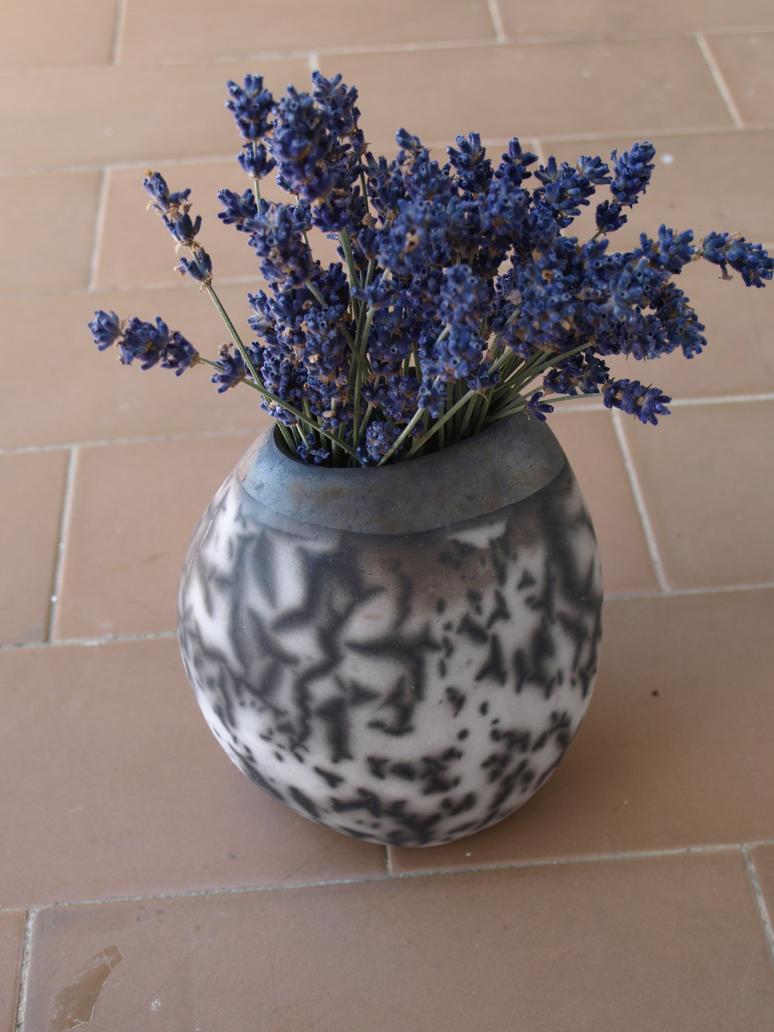 Vase  by Cufleki