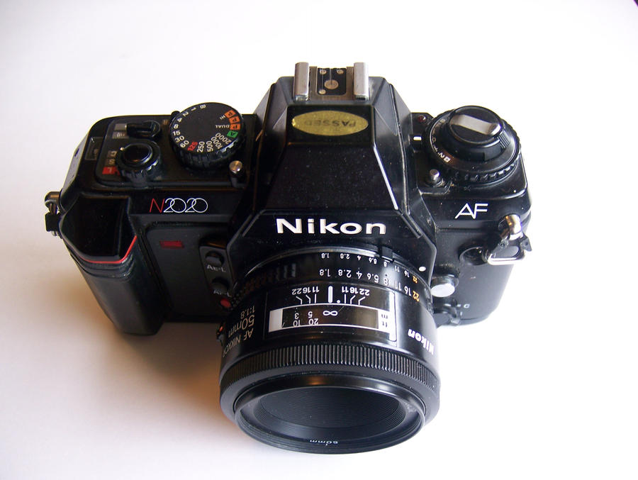 Nikon2 by LaughingAndroid
