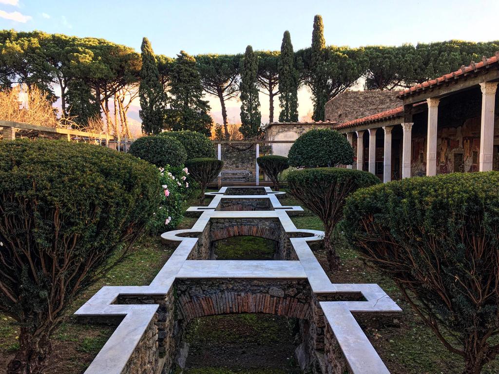 Pompeii Gardens by ShatterTheSun
