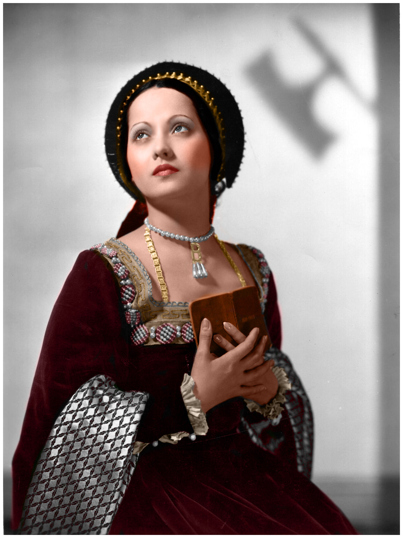 the women in the life of henry viii The private life of henry viii (1933) and young bess (1953) laughton won the best actor oscar for his seminal portrayal of henry tudor in private life , and he reprised the part 20 years later with a cameo in young bess.