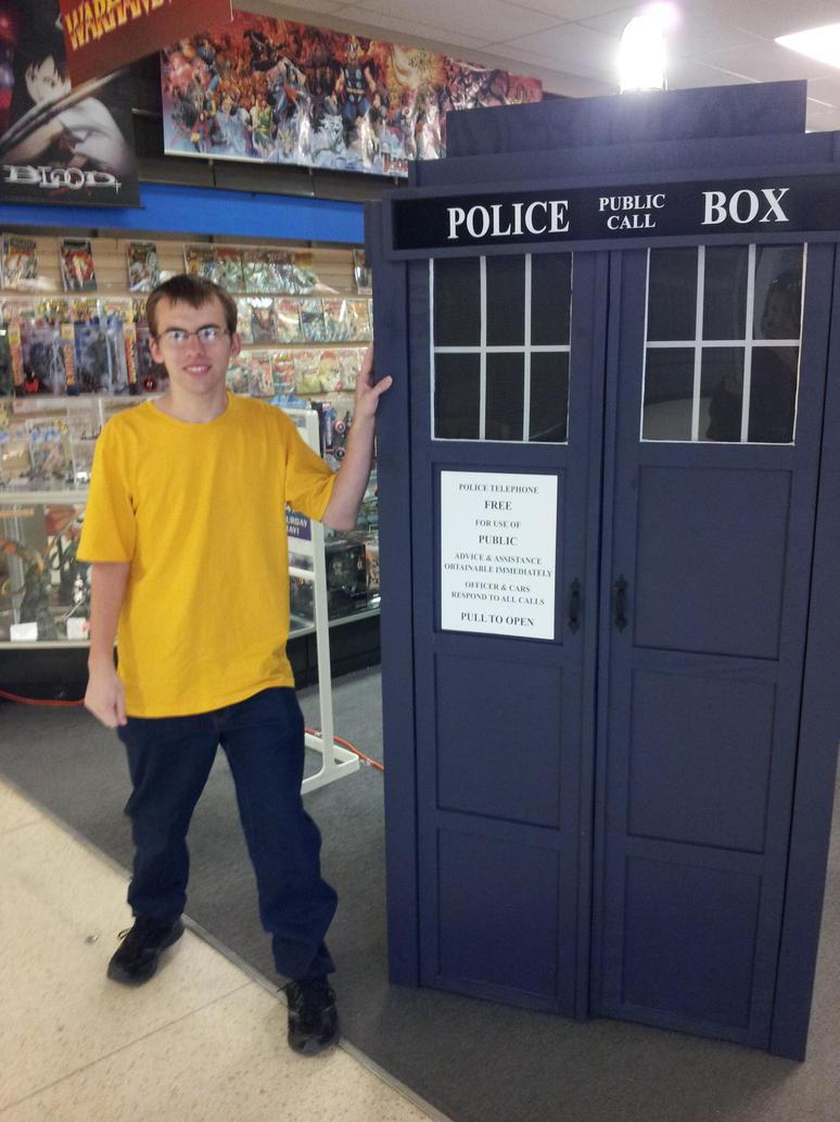 TARDIS by dinohunter9