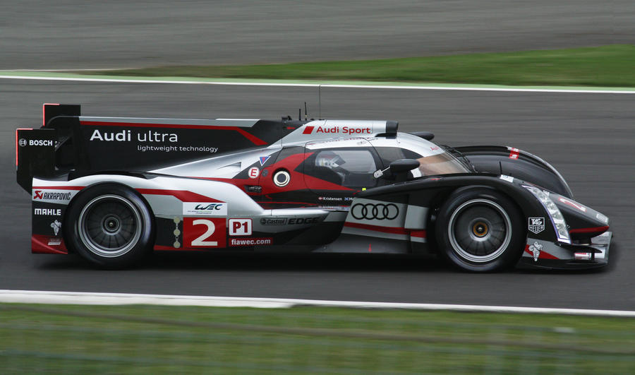 Audi R18 by Equine-Piccolo