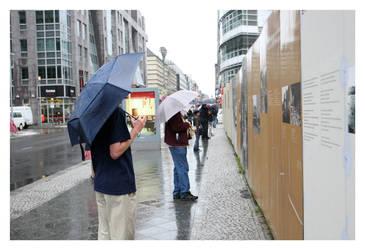 manchmal regnet es in berlin by l-rs