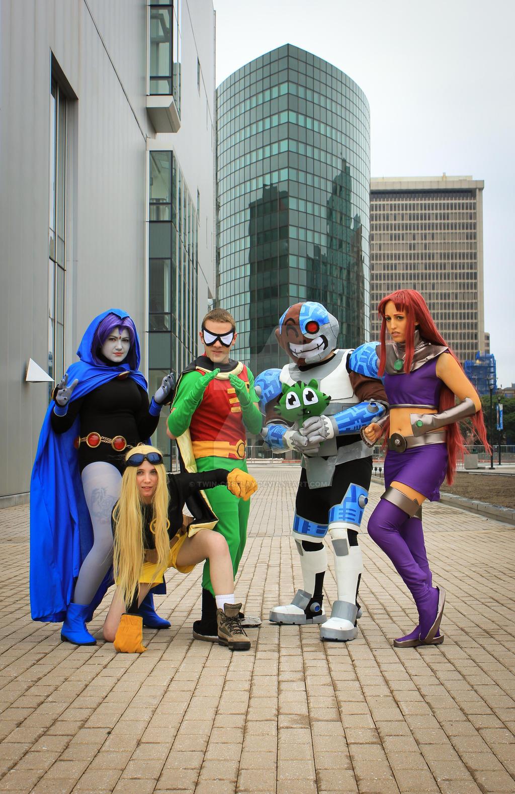 titans cosplay Teen go