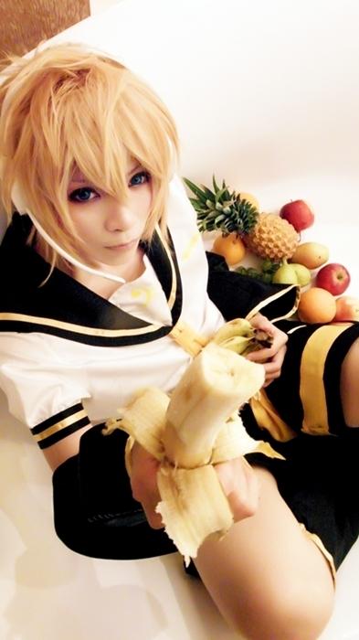 Vocaloid Family2 (Banana) by yuegene