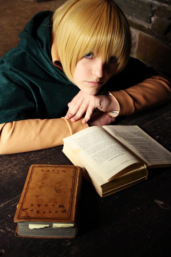 Armin Arlert - Shingeki no Kyojin Cosplay by TokyoStripper