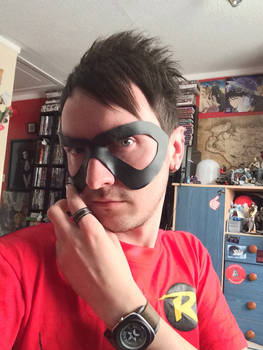 Robin mask (Teen Titan cartoon version)
