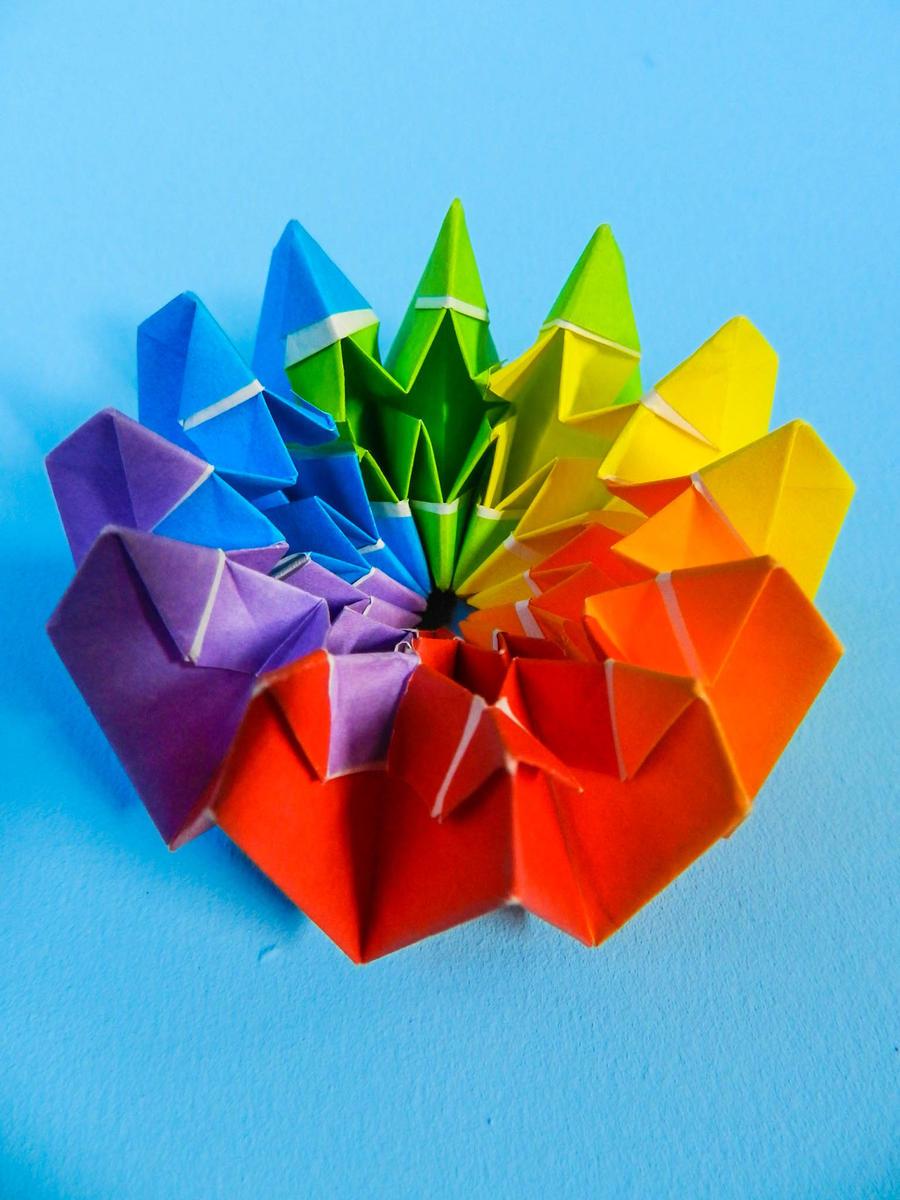 Fireworks (Origami) by VeevaRude