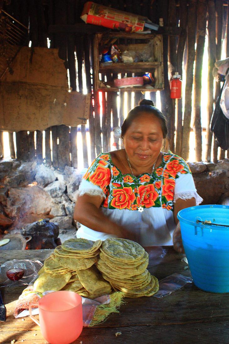 Tortilla hechas a mano by chuyman on deviantart - Cocinas hechas a mano ...