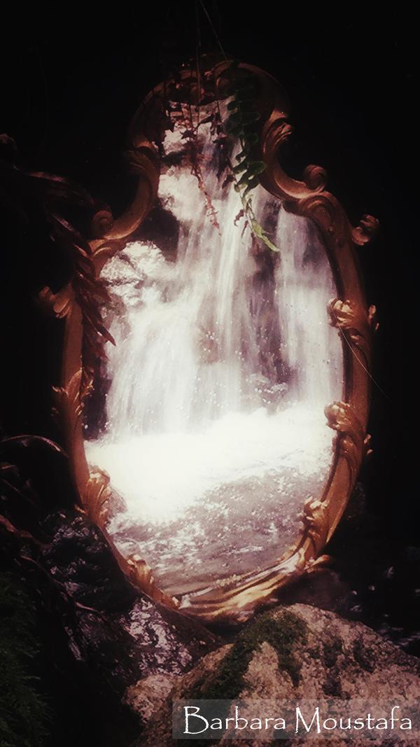Through the mirror by rustymermaid