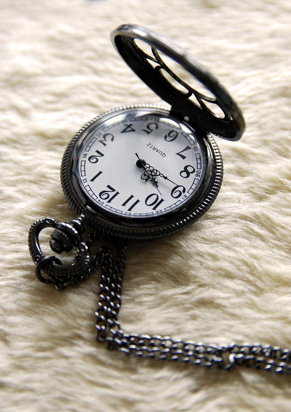 Pocketwatch Charm by shinrigaku