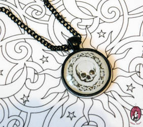 Victorian skull with black findings by BlitheMagic