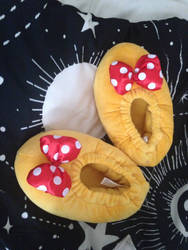 Minnie Slippers by cartoonygothica