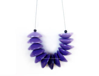 Purple paper necklace by OmbryB