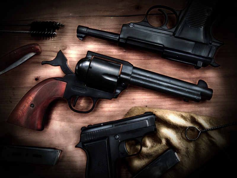 Guns by Michelangelo84
