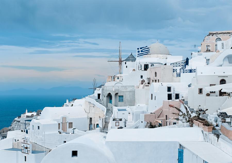 White on the blue by AlexGutkin
