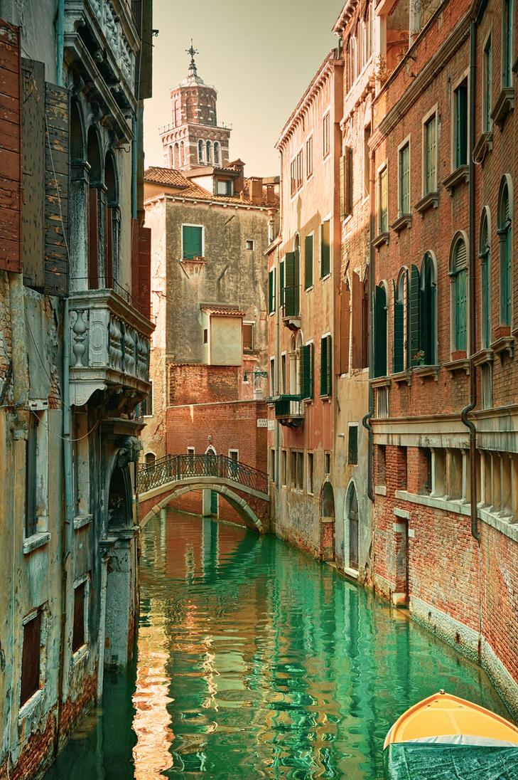 Venetian canal by AlexGutkin