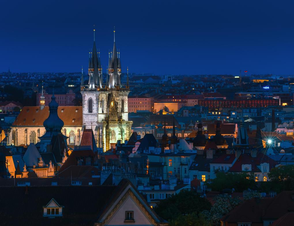 Praha Night by AlexGutkin
