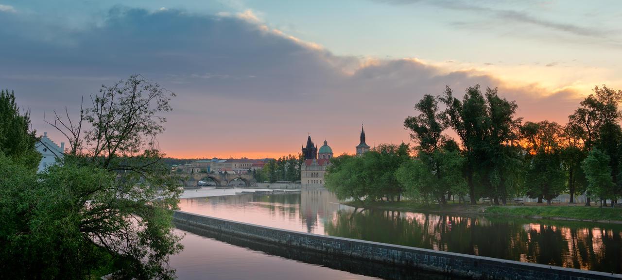 Praha morning by AlexGutkin