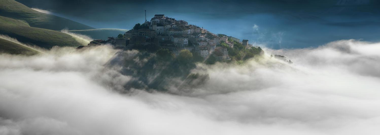 Castelluccio di Norcia by AlexGutkin