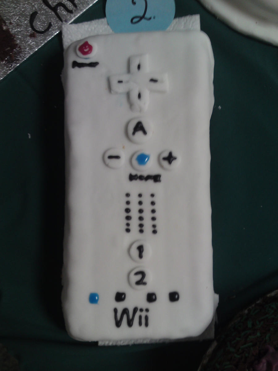 Wii Remote Cake :Re-Done: by lillilotus