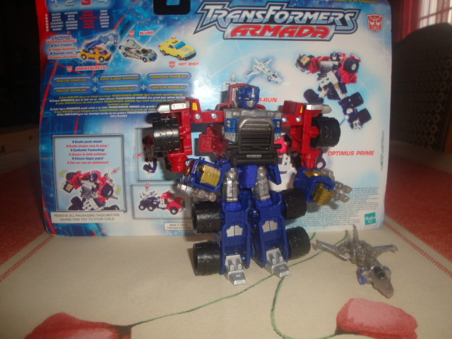 Vegeto / Optimus SG  collection (partie 1) - Page 3 New_arrivee_by_radimusprime-d4pvcts
