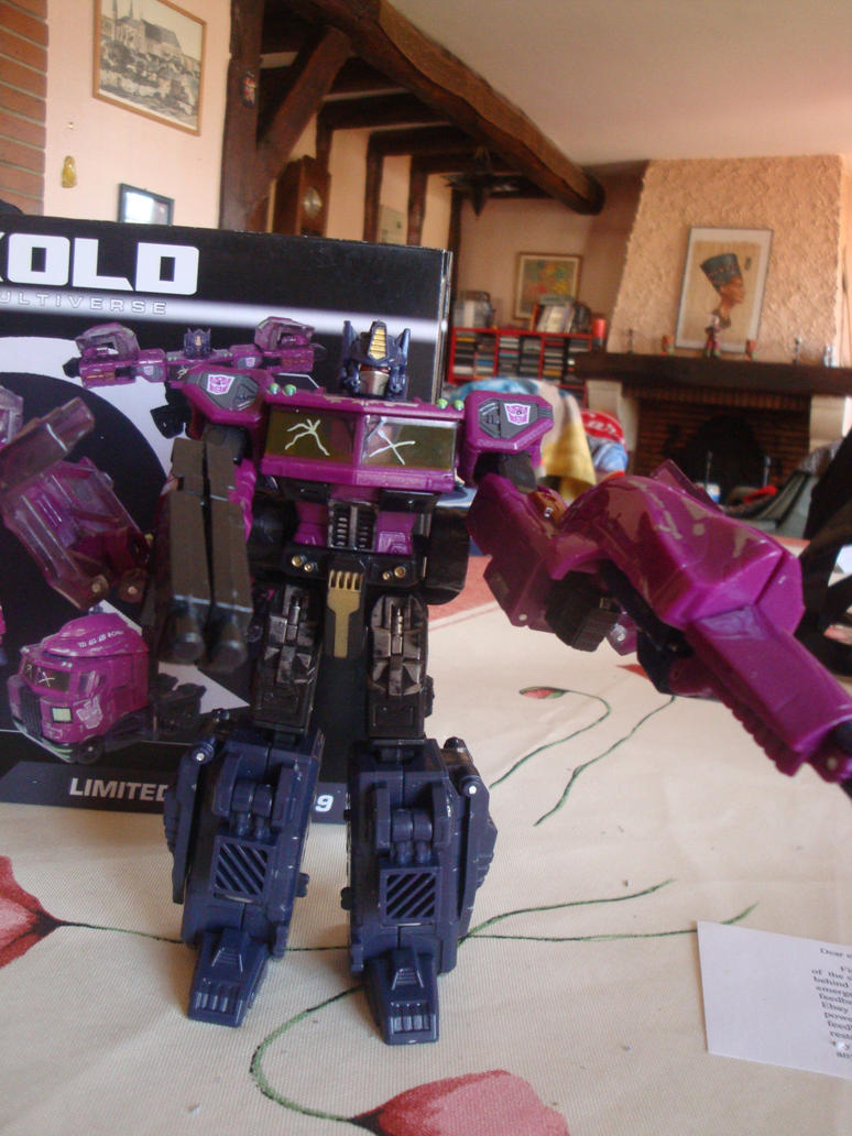 Vegeto / Optimus SG  collection (partie 1) - Page 6 Opsg_transformer_by_radimusprime-d4u6x76