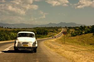 Road from Bayamo by Ondro