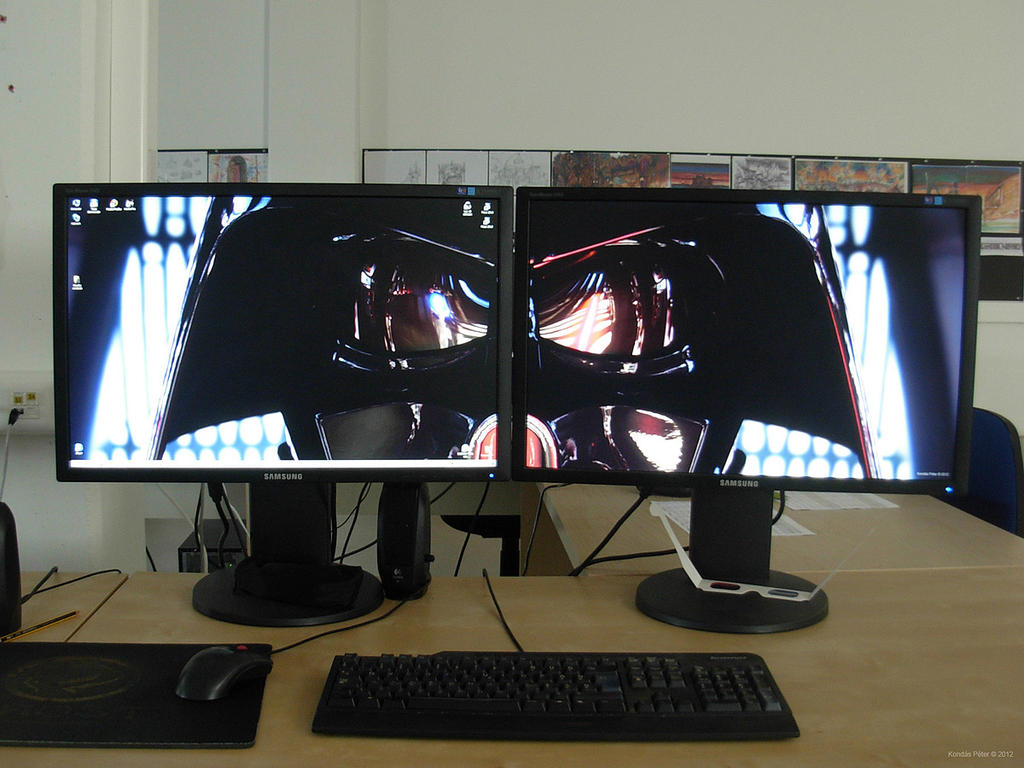 how to connect two monitors to a desktop