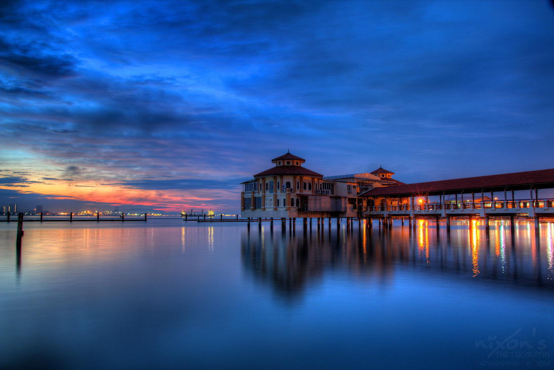 Sunrise view of QE2, Penang by fighteden