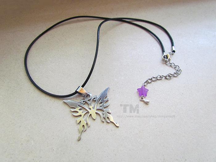 Madama Butterfly - Bayonetta Inspired Necklace by thingamajik