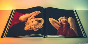 Marilyn Monroe - The Blue Book Modeling Years