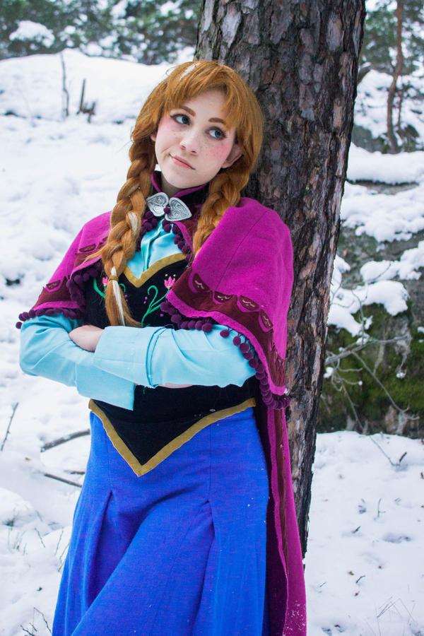 Anna - Don't you wanna build a snowman? by Amenoo