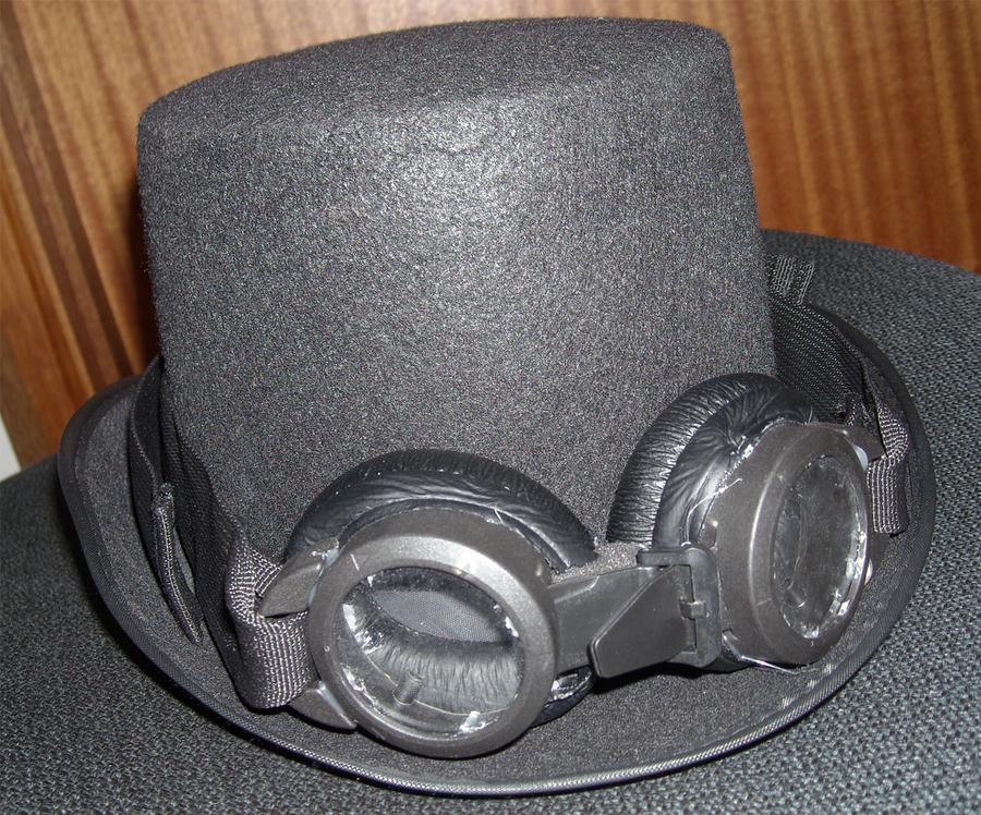 Steam-Punk Goggles by Land-Man-Sam