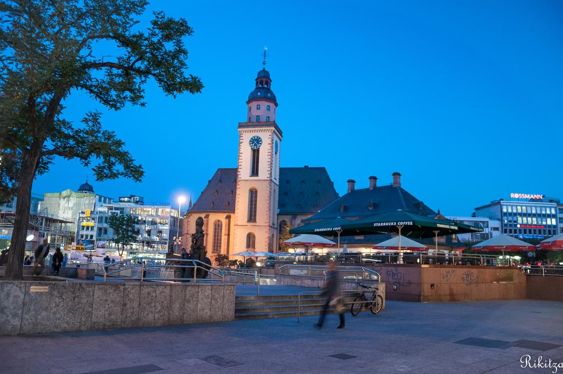 Frankfurt night lights by Rikitza