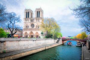 Parisian dream by Rikitza