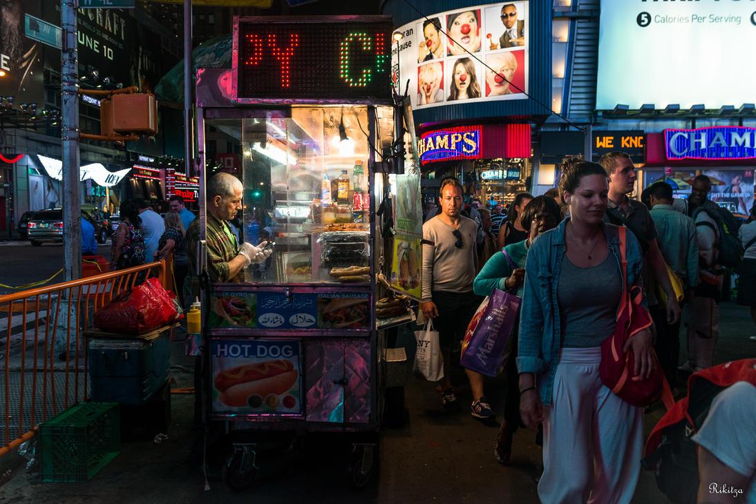Hot dog - NYC by Rikitza