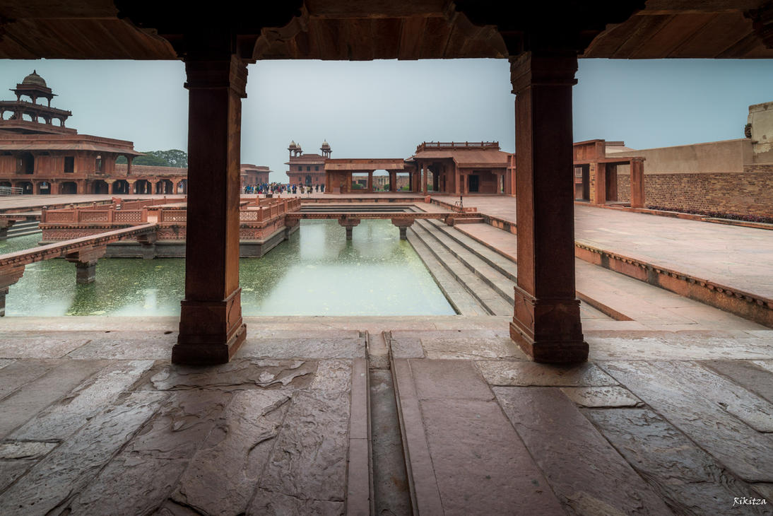 Incredible India - the red fort in Agra by Rikitza
