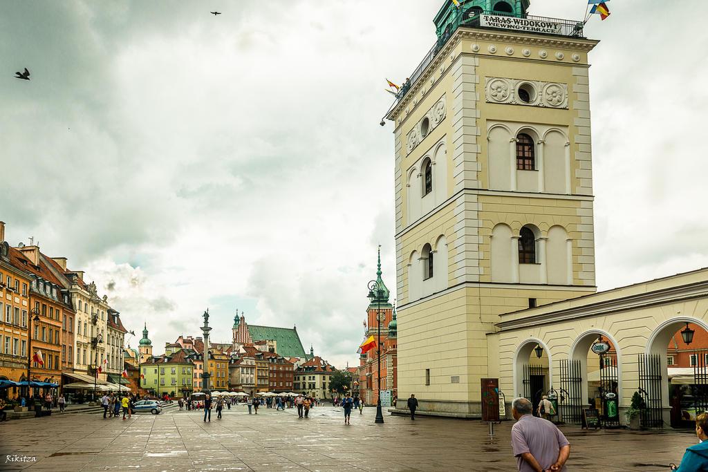 Warsaw after rain by Rikitza