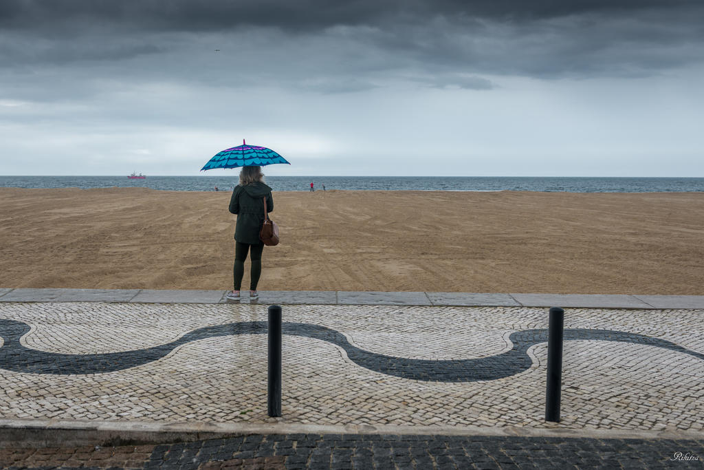 sweet Portugal - dreaming at the ocean shore by Rikitza