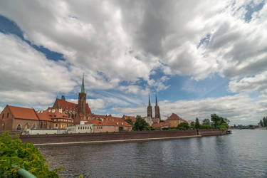 Wroclaw on the Oder by Rikitza